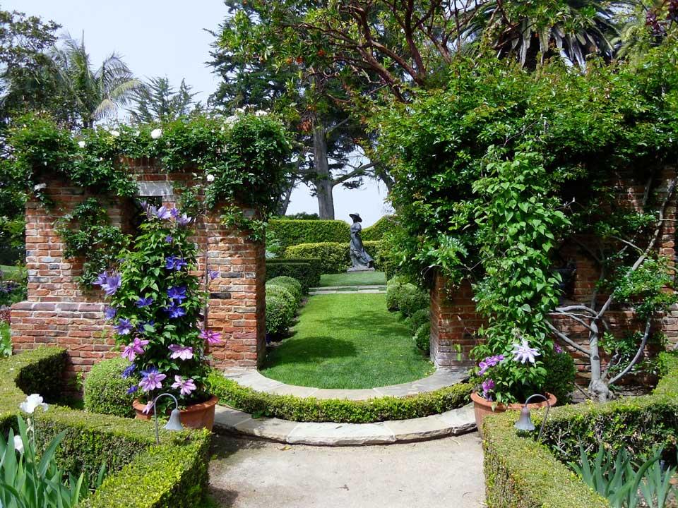 Casa-gardens
