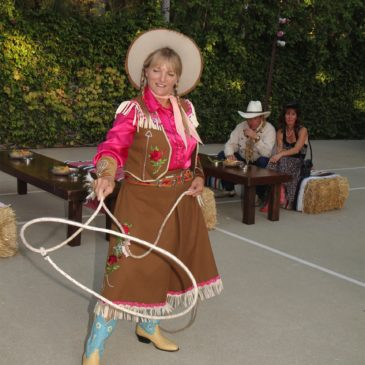 2012 Patron Gala: Fiesta de las Flores