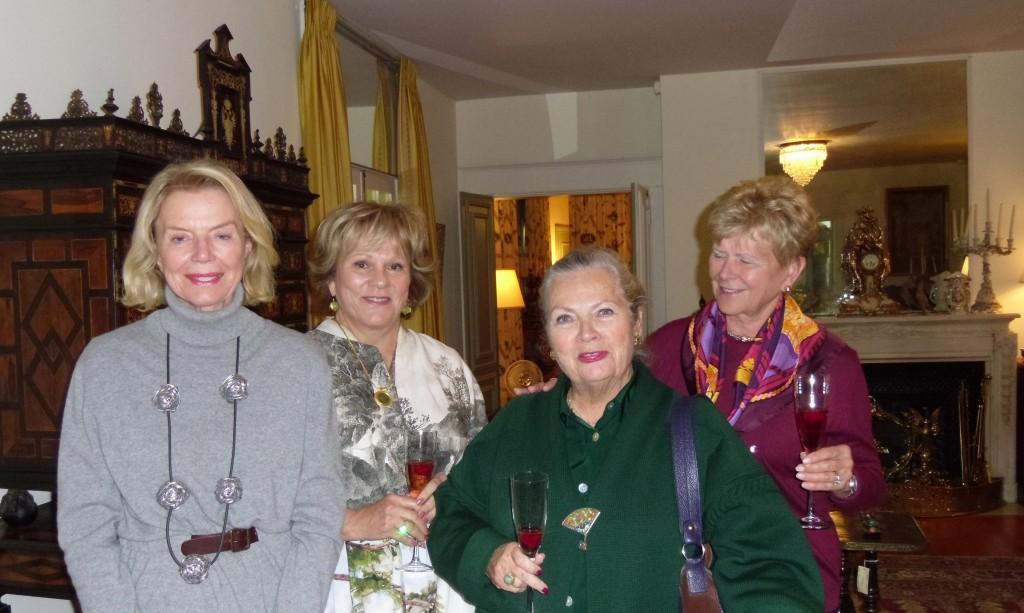 Donna, Donivee, Danielle and Lola
