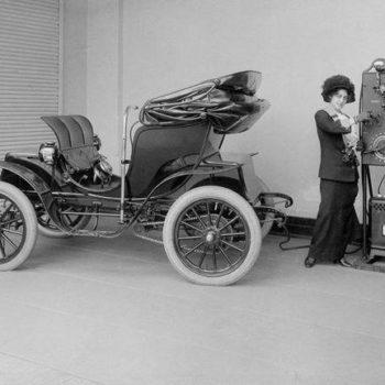 Virginia Robinson's Columbia Electric Car